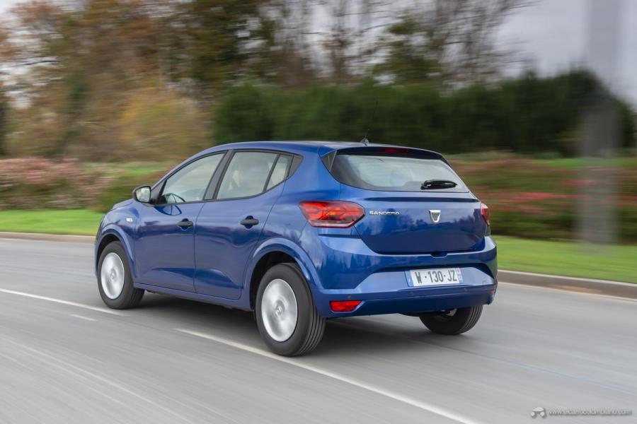 41-2020-New-Dacia-SANDERO-tests-drive