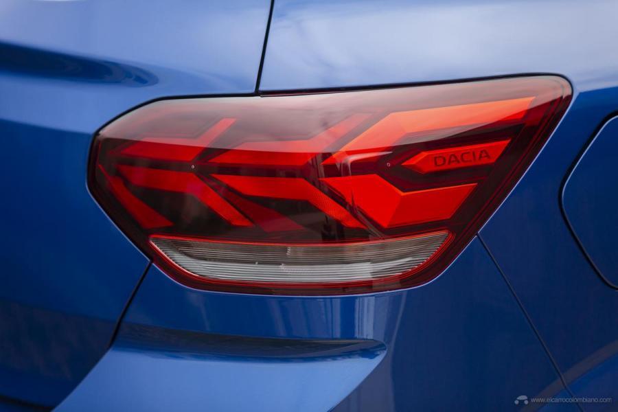 49-2020-New-Dacia-SANDERO-tests-drive
