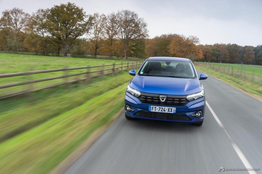 5-2020-New-Dacia-SANDERO-tests-drive
