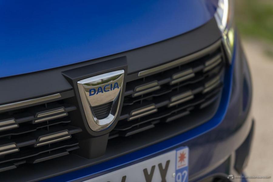 55-2020-New-Dacia-SANDERO-tests-drive