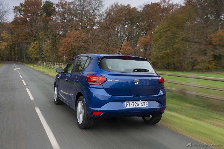 9-2020-New-Dacia-SANDERO-tests-drive
