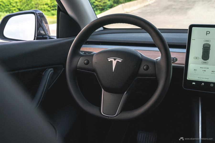 tesla_model_y_long_range_7