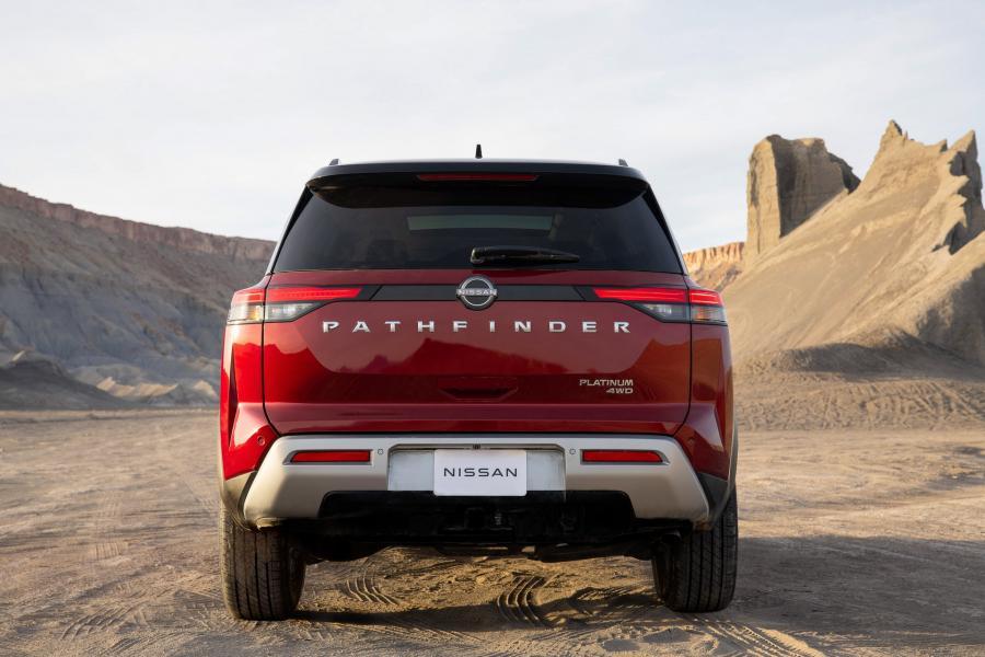2022-Nissan-Pathfinder-05