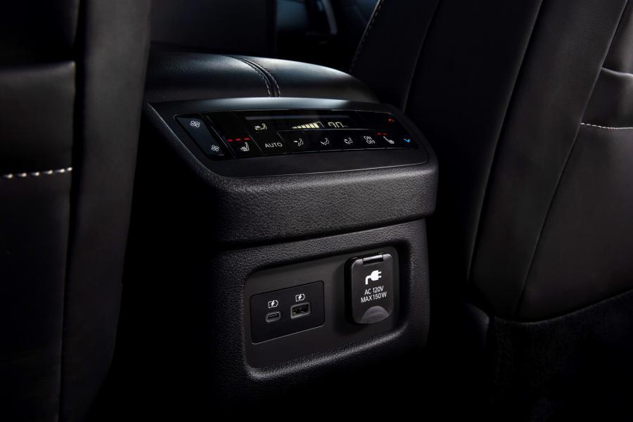 2022-Nissan-Pathfinder-11