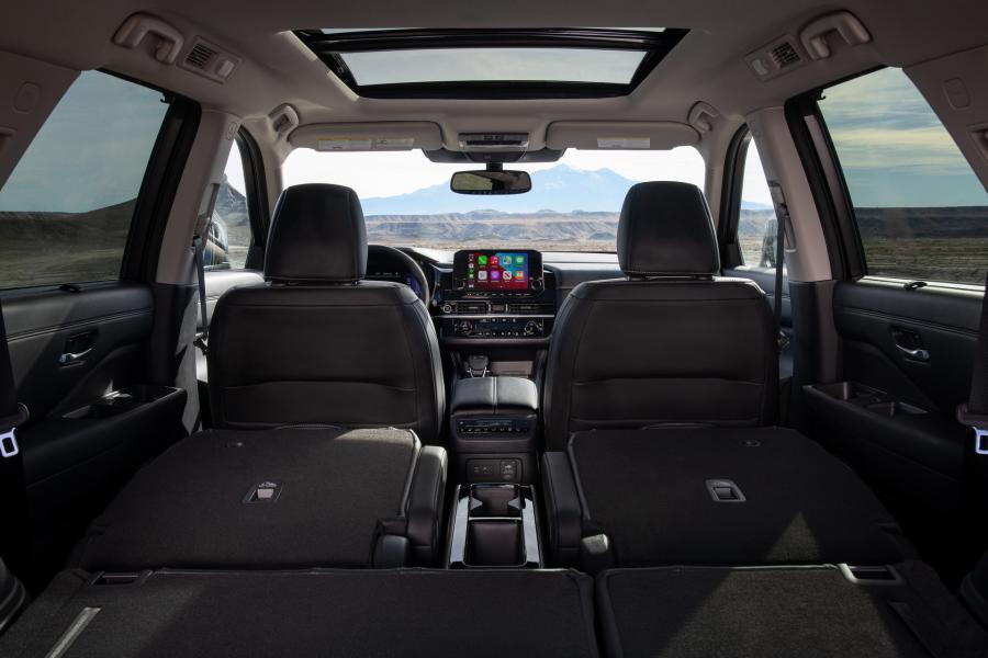 2022-Nissan-Pathfinder-12