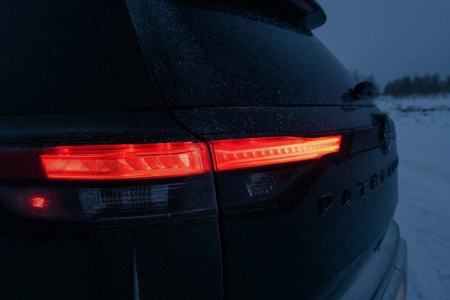2022-Nissan-Pathfinder-16