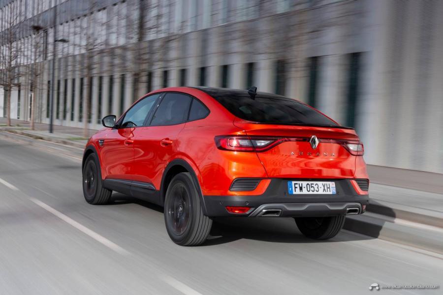 18-2021-Renault-ARKANA-Tests-drive-Valencia-Orange