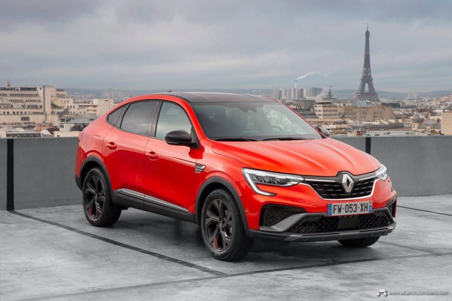 22-2021-Renault-ARKANA-Tests-drive-Valencia-Orange