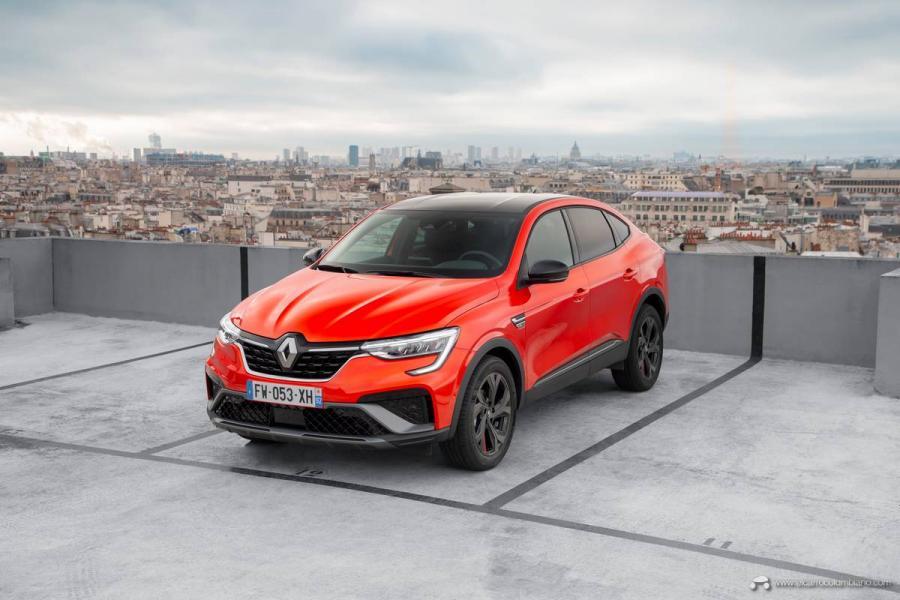 23-2021-Renault-ARKANA-Tests-drive-Valencia-Orange