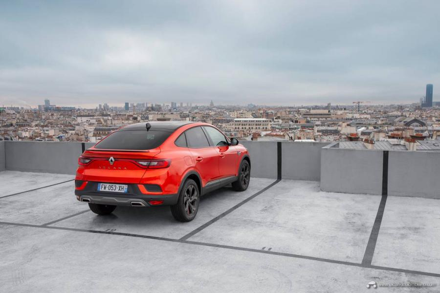 29-2021-Renault-ARKANA-Tests-drive-Valencia-Orange