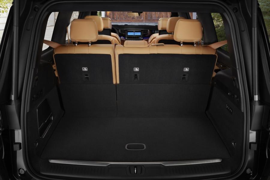 2022-Jeep-Grand-Wagoneer-28