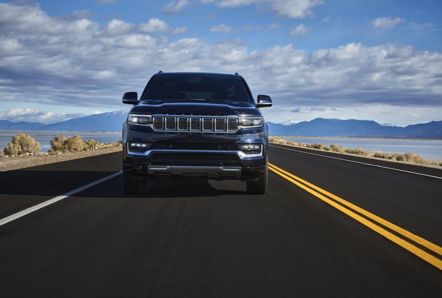 2022-Jeep-Grand-Wagoneer-6