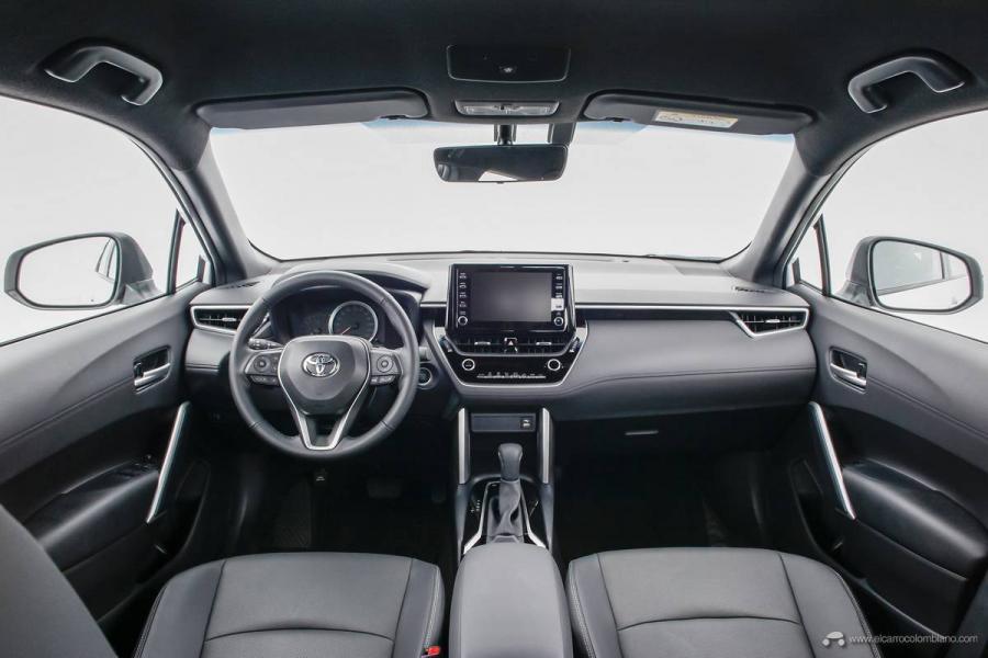 14.Toyota-Corolla-Cross-Flex-2022