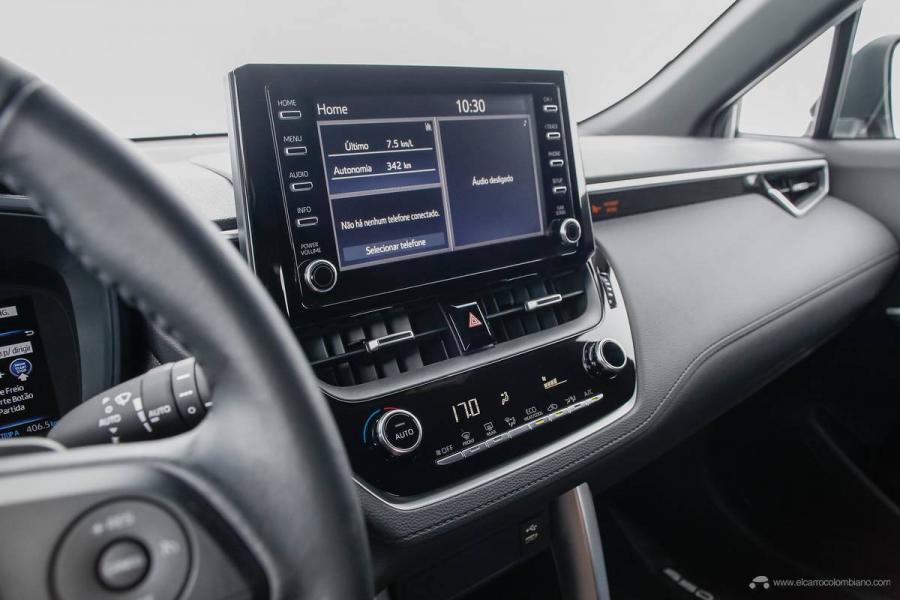 18.Toyota-Corolla-Cross-Flex-2022