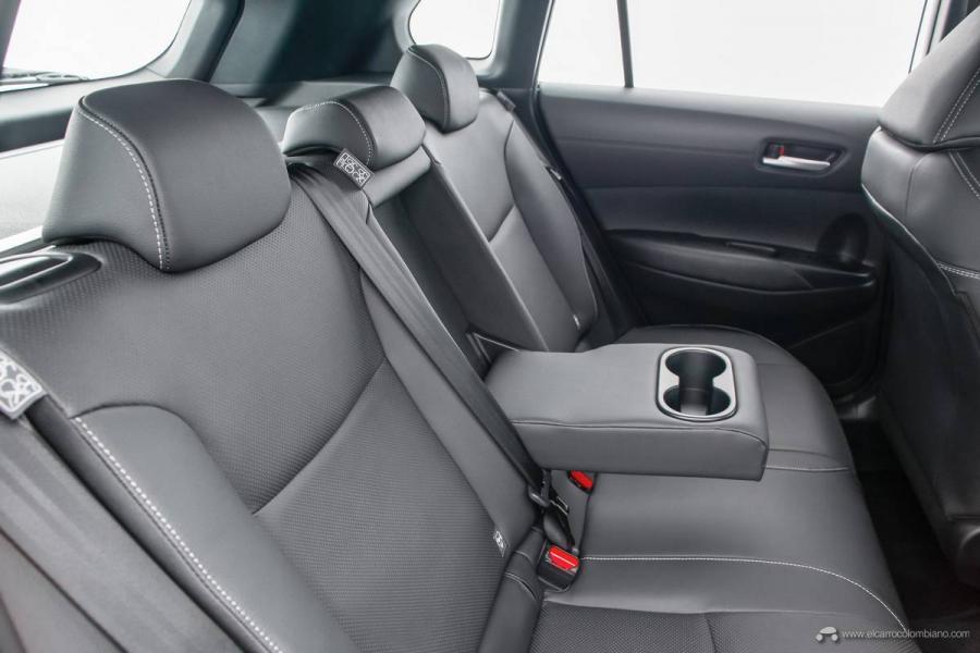 23.Toyota-Corolla-Cross-Flex-2022