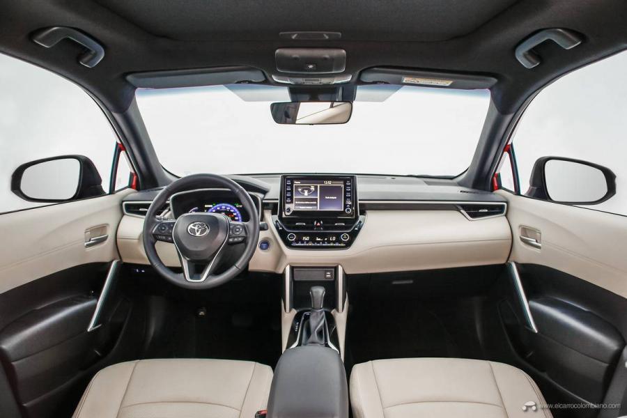 27.-Toyota-Corolla-Cross-Hybrid-2022
