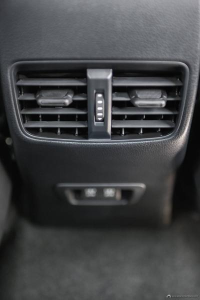 27.Toyota-Corolla-Cross-Flex-2022