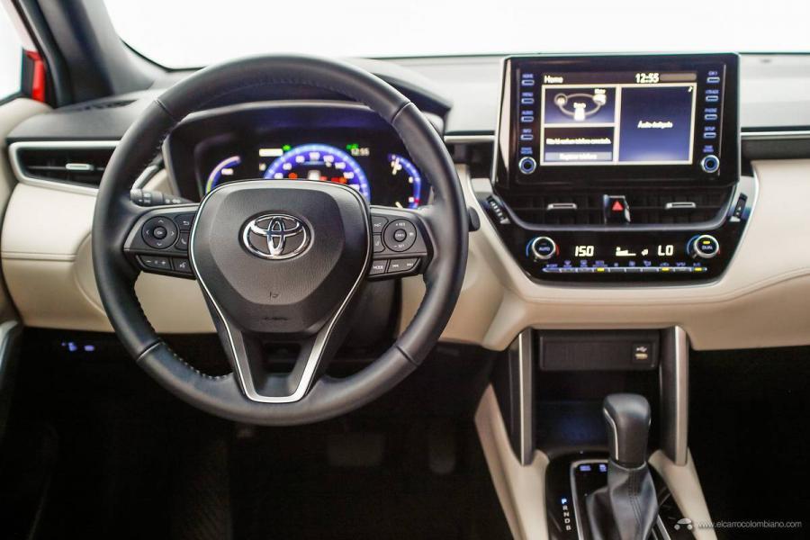 28.-Toyota-Corolla-Cross-Hybrid-2022