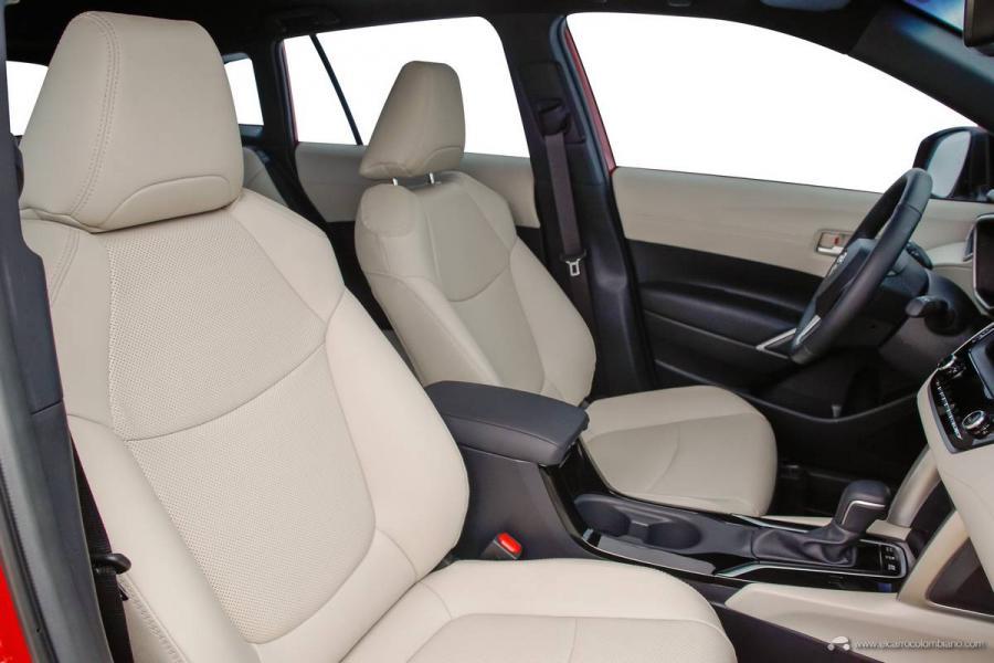 36.-Toyota-Corolla-Cross-Hybrid-2022