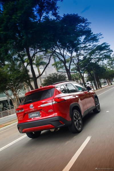 4.-Toyota-Corolla-Cross-Hybrid-2022
