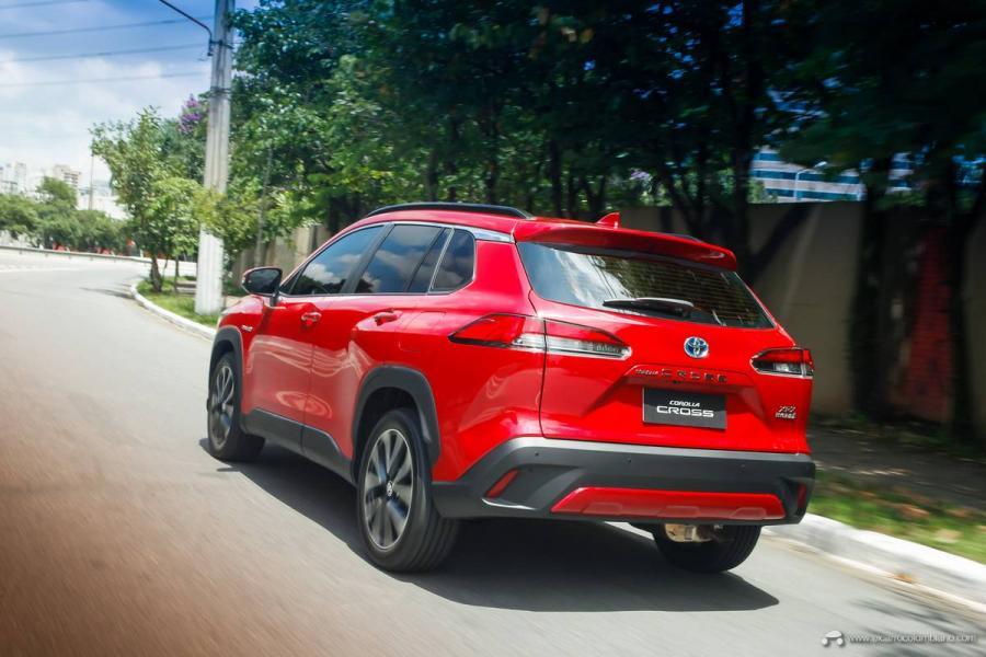 5.-Toyota-Corolla-Cross-Hybrid-2022