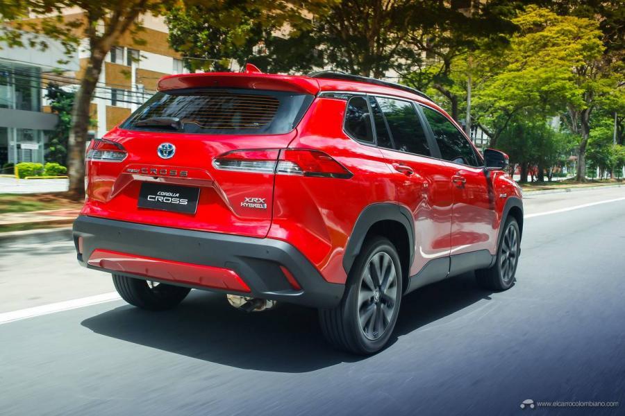 7.-Toyota-Corolla-Cross-Hybrid-2022