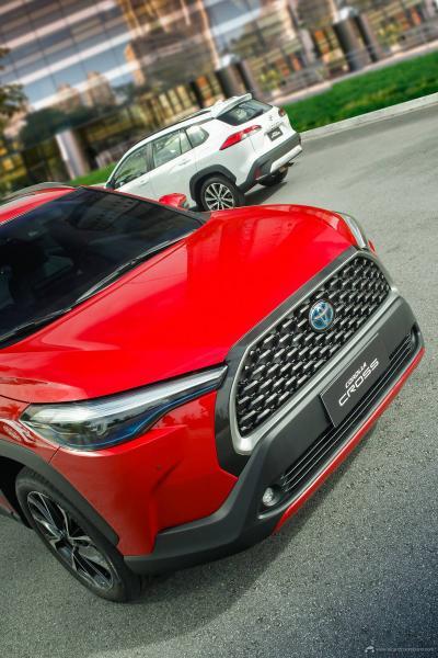 8.Toyota-Corolla-Cross-2022