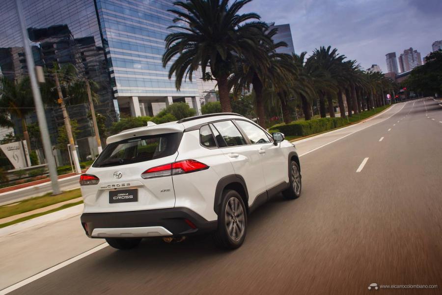 9.Toyota-Corolla-Cross-Flex-2022