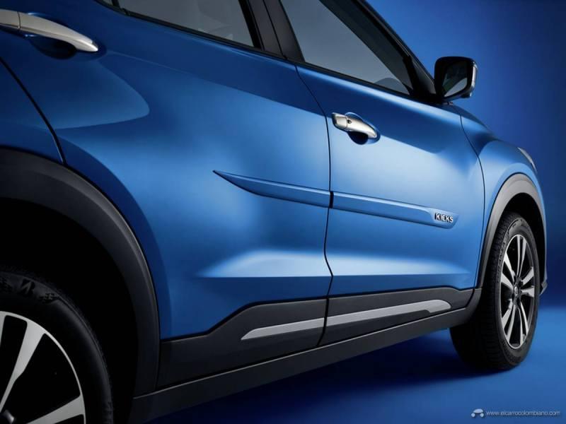 Door-side-Nissan-Kicks83524-rgb_proxy