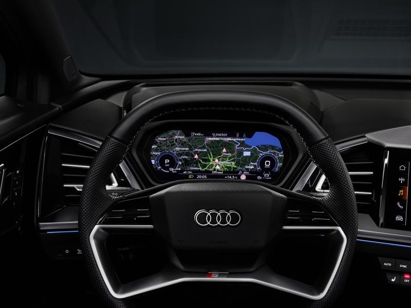 2022-Audi-Q4-e-Tron-10