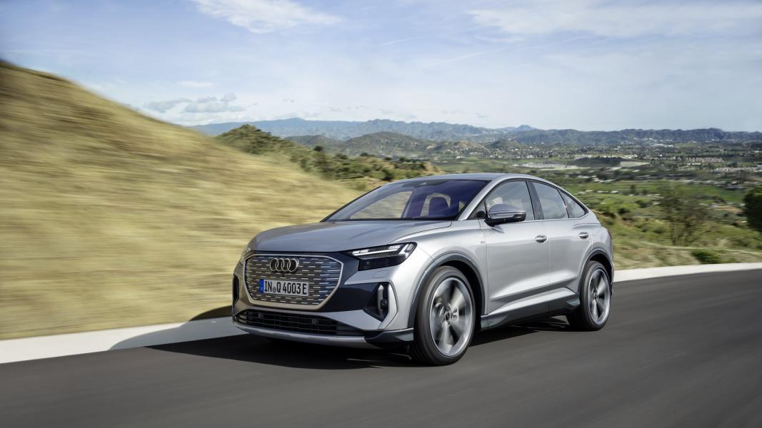 2022-Audi-Q4-e-Tron-13