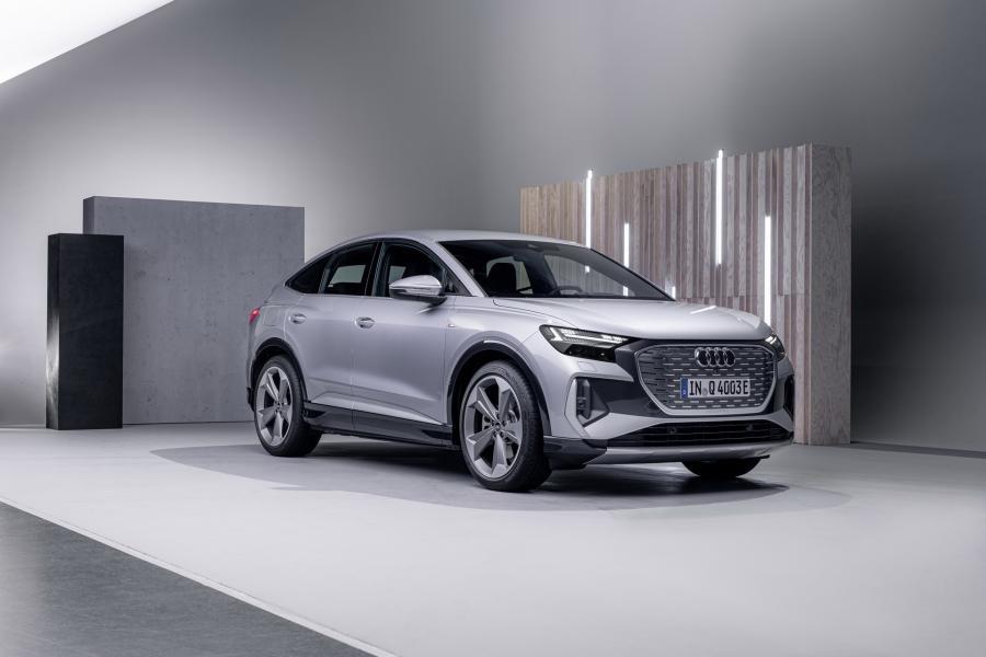 2022-Audi-Q4-e-Tron-18