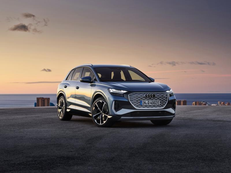 2022-Audi-Q4-e-Tron-2