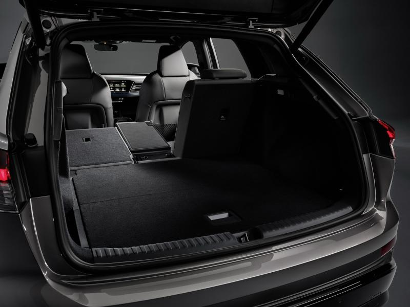 2022-Audi-Q4-e-Tron-20