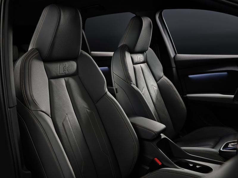 2022-Audi-Q4-e-Tron-8