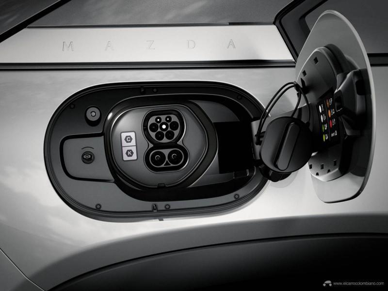 Mazda-MX-30_12