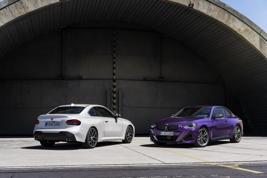2022-BMW-2-Series-Coupe-28