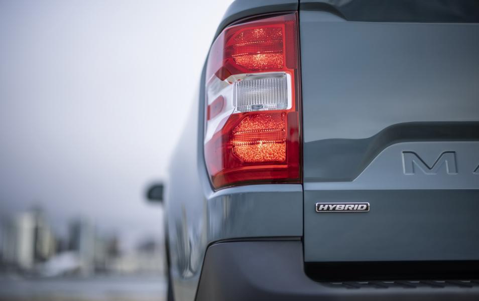2022-Ford-Maverick-9