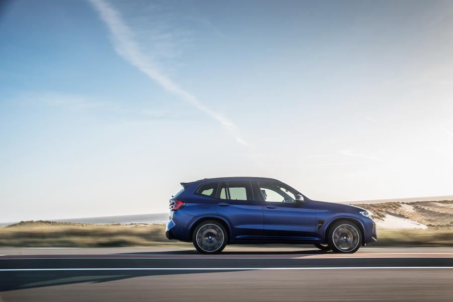 2022-BMW-X3M-X4M-10