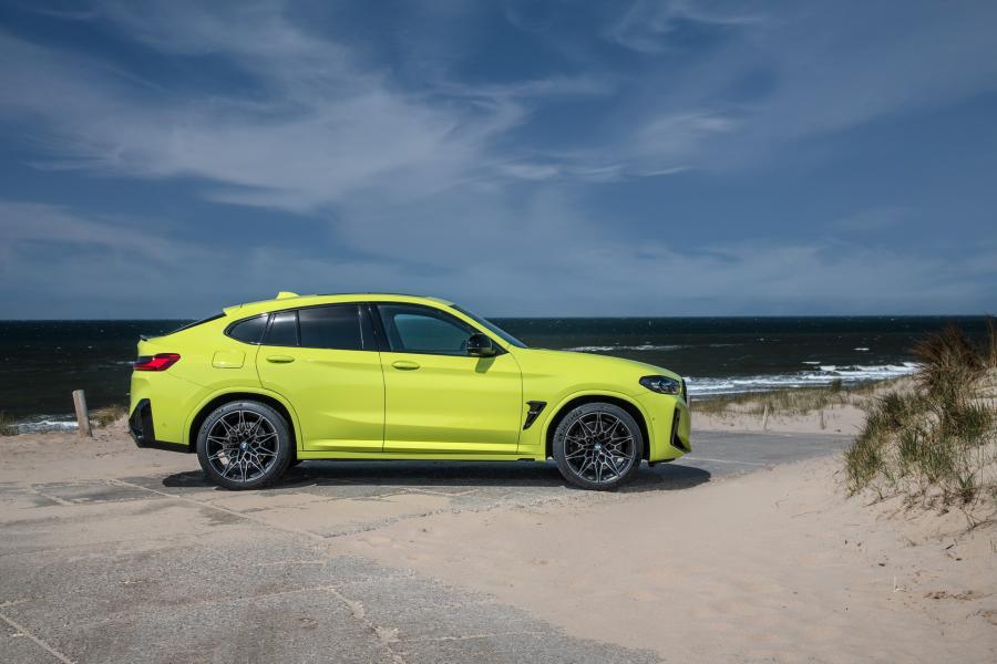 2022-BMW-X3M-X4M-70