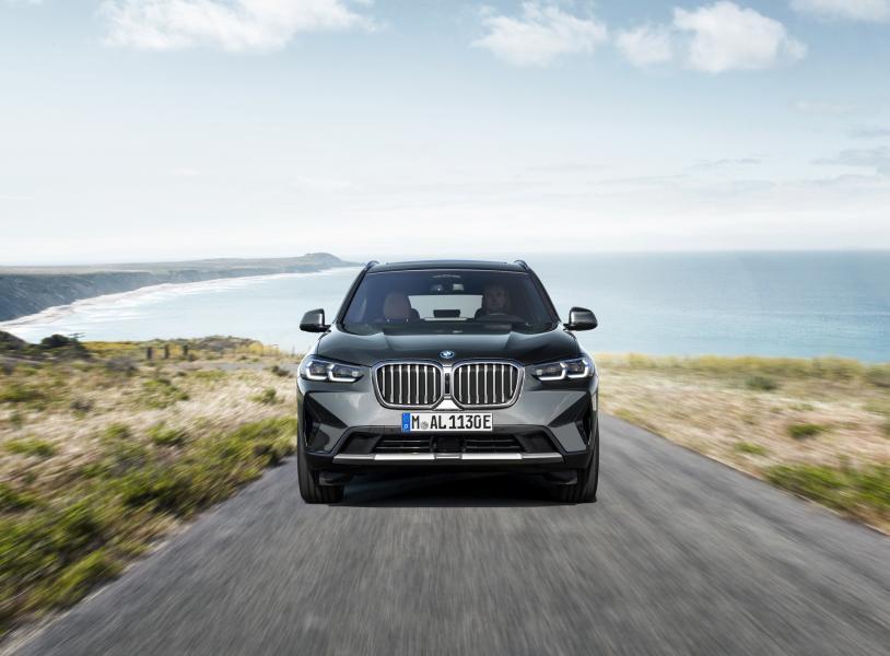 2022-BMW-X3-X4-29