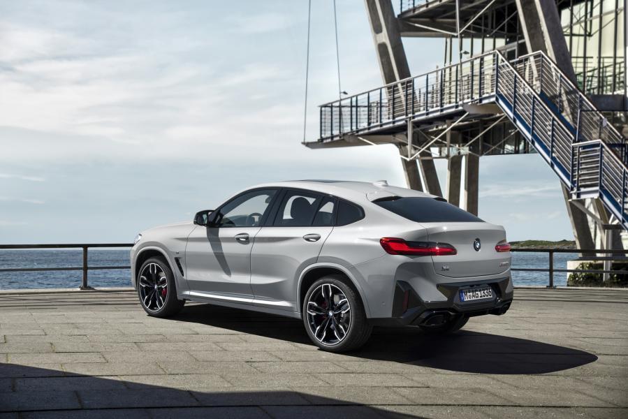 2022-BMW-X3-X4-42