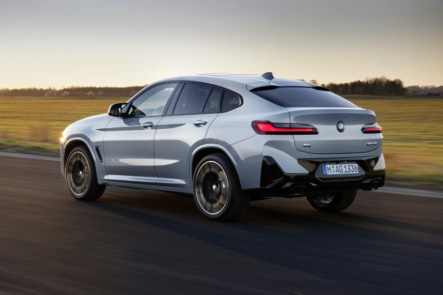 2022-BMW-X3-X4-47