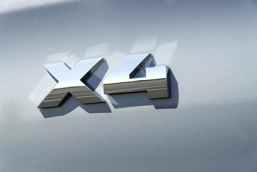 2022-BMW-X3-X4-55