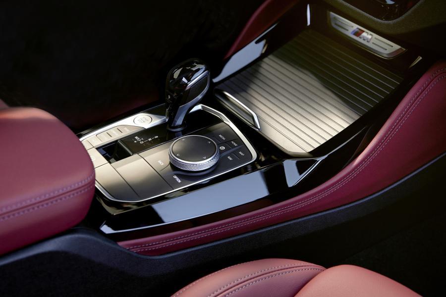 2022-BMW-X3-X4-64