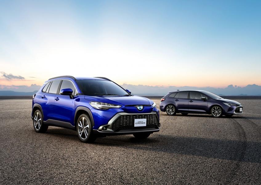 2022-Toyota-Corolla-Cross-Japanese-15