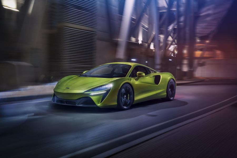McLaren-Artura-17-PHEV-CarScoops