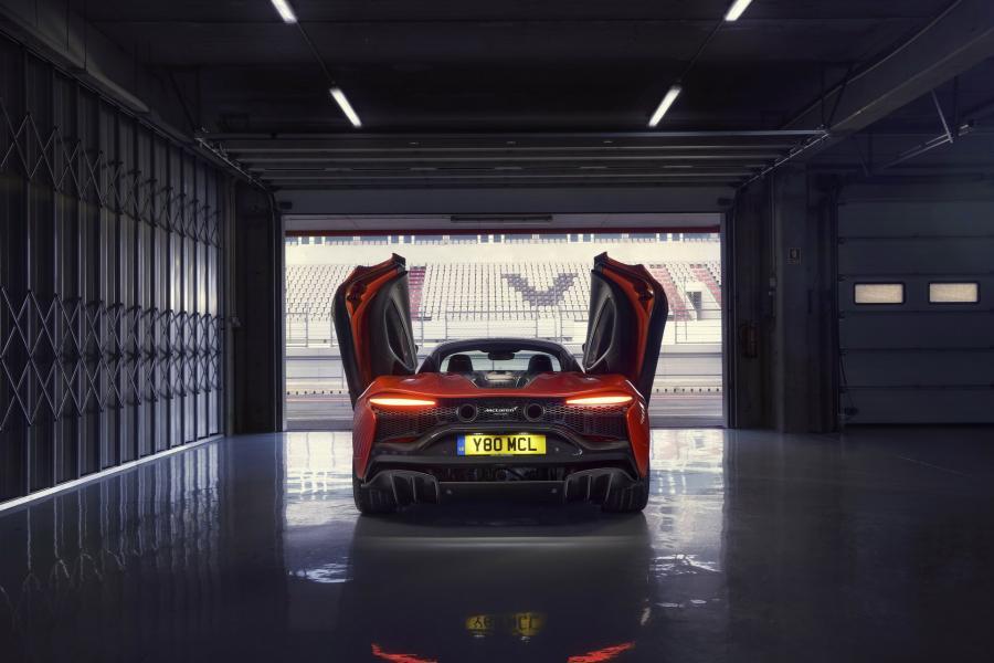 McLaren-Artura-7-PHEV-CarScoops