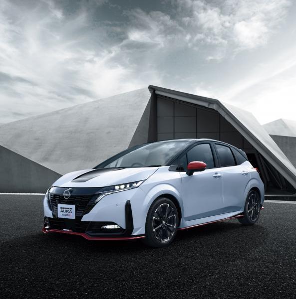 Nissan-Note-Aura-Nismo-1