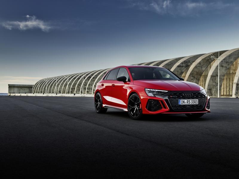 2022-Audi-RS3-1